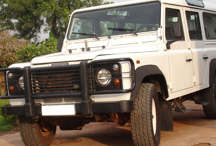 Land Rover Defender $100 Per Day