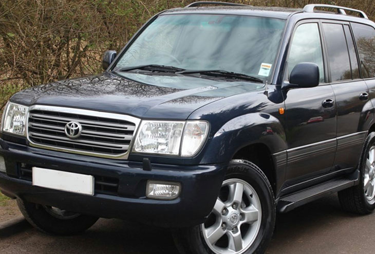 Toyota Land Cruiser $ 100 Per Day